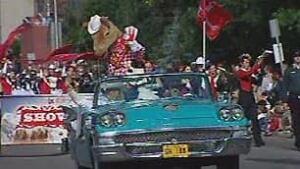 tp-cgy-harry-horse-parade