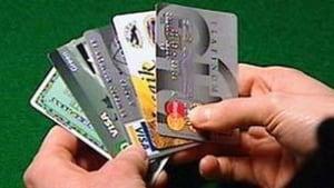 edm-090103-credit-cards