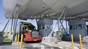 w-truck-inspect-cp-2954037
