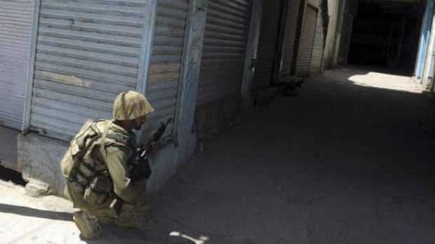 pakistan-soldier-cp-w678257