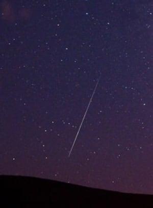 si-220-perseid-meteor-7153704