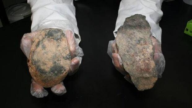cave-grain-stone-tool