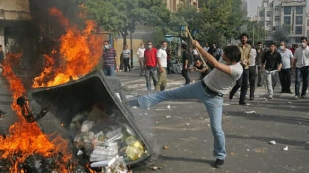 iran-protests-cp-w-6908366