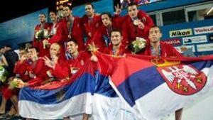306-polo-serbia-090801