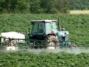 pe-pesticide-spray