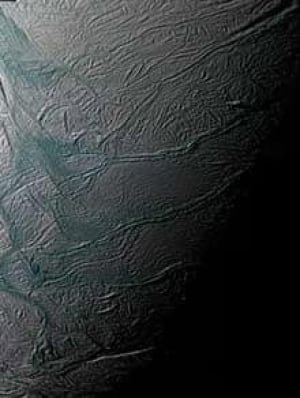 enceladus-cropped-516