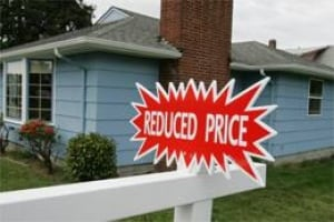 bc-080704-house-sale