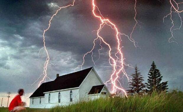 lightning-cp-5041930