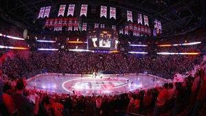 584-hockey-religion