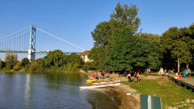 The Windsor Essex County Canoe Club is calling for more ins and outs along the Detroit River.