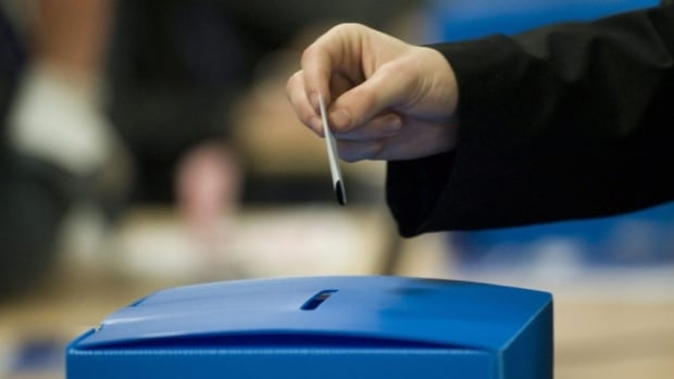 Élection Montréal said it did not anticipate such heavy turnout for advanced polling.