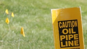 hi-pipeline-oil-yellow-flag