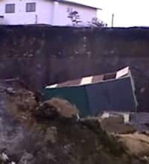 nl-landslide-shed-20070417