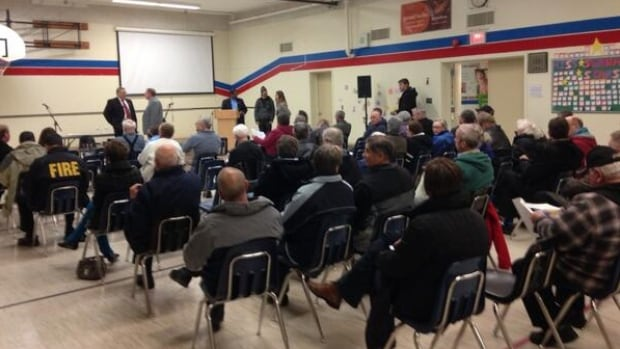Nearly 100 people shared their opinions with Mayor Don Atchison and Ward 7 Councillor Mairin Loewen at a town hall meeting.