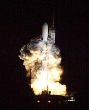 nasa-launch_cp_10990057