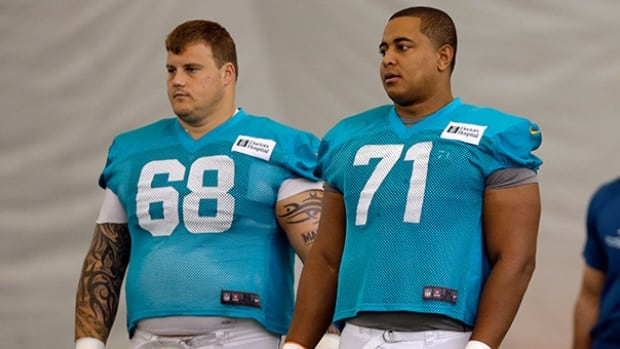 Miami Dolphins' Richie Incognito, left, is a veteran with a reputation for dirty play.