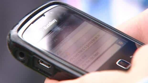 Ottawa kills Lenovo bid for Blackberry