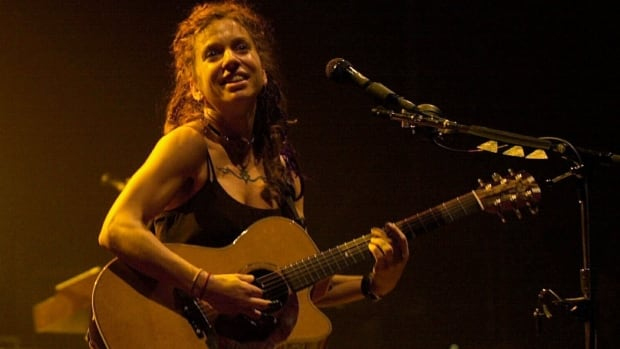 Ani DiFranco, seen performing at Kleinhans Music Hall in Buffalo, N.Y., is being recognized by the University of Winnipeg and the Winnipeg Folk Festival for her commitment to social justice, sustainability and the arts.