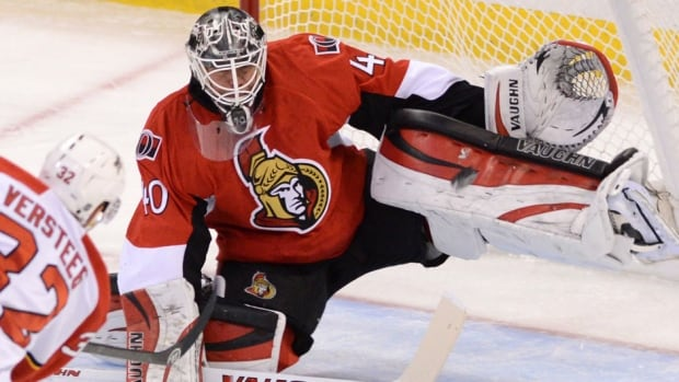 Senators goalie Robin Lehner led his team to three straight wins last week, stopping 91 of 95 shots for a .958 save percentage to go with a 1.33 goals-against average while filling in for injured starter Craig Anderson.