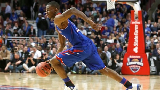 Kansas guard Andrew Wiggins drives to the basket during a big second half against Duke on Tuesday.