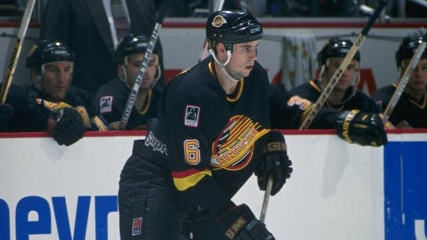 Defenceman Adrian Aucoin, seen here in his first season in the league back in 1994-95 with the Vancouver Canucks, retired from the NHL on Tuesday.