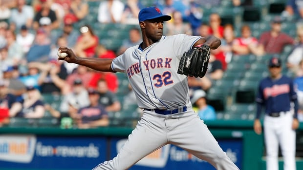 Relief pitcher LaTroy Hawkins has opted to leave the New York Mets in favour of returning to the Colorado Rockies. He played in the Mile High City back in the 2007-08 season.