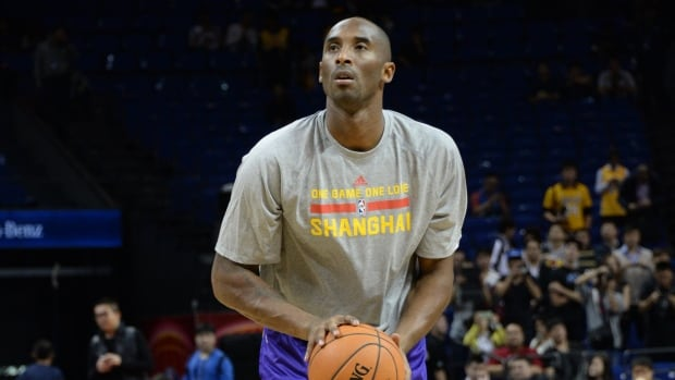 Injured Los Angeles Lakers star Kobe Bryant participated in his second-straight practice Tuesday. The timetable for his NBA return remains unclear.