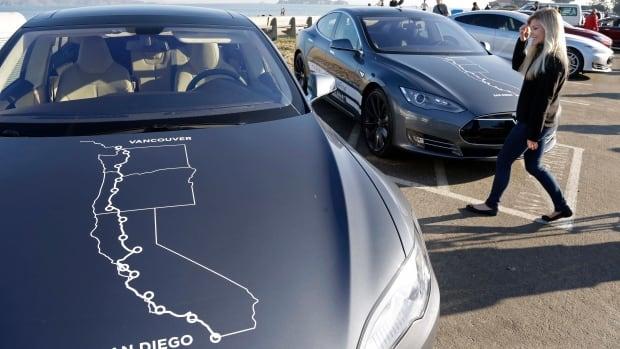 Tesla Motors Opens Supercharging Station On B C 39 S Sea To