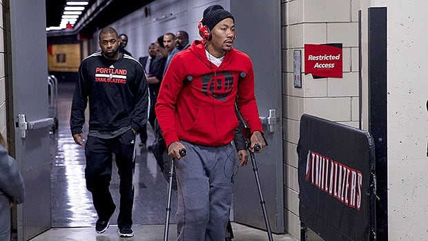 Rose sat out last season recovering from a torn anterior cruciate ligament in his left knee. Now, it's his other knee that's injured.