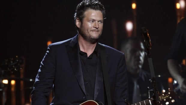 Blake Shelton performs at the 47th annual CMA Awards at Bridgestone Arena on Wednesday, Nov. 6, 2013, in Nashville. He won't be performing on P.E.I. as planned.