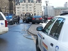 Senator Romeo Dallaire car towed