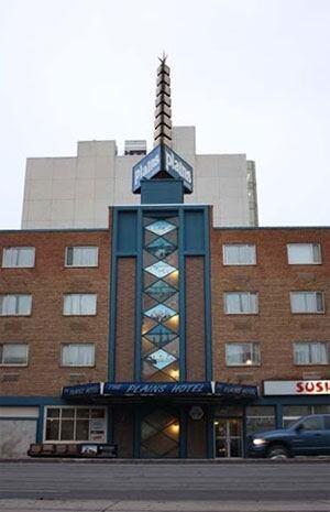 skpic Old weather vane Plains Hotel