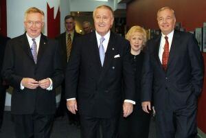 TV PRIME MINISTERS 20070220 TOPIX