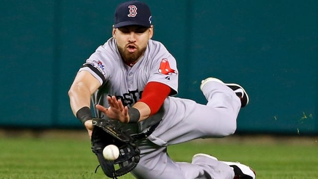 Jacoby Ellsbury officially bolted the Boston Red Sox to join the division rival New York Yankees on Saturday.
