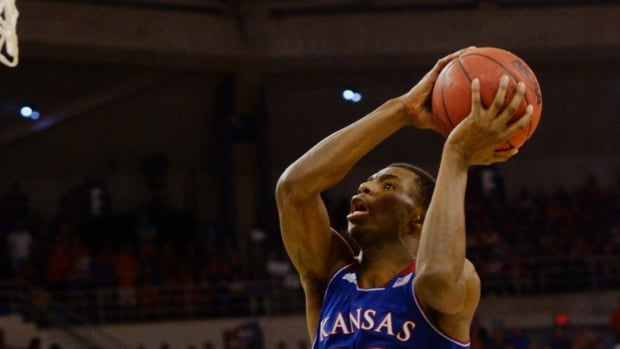 Kansas guard Andrew Wiggins goes for two points against Florida on Tuesday.