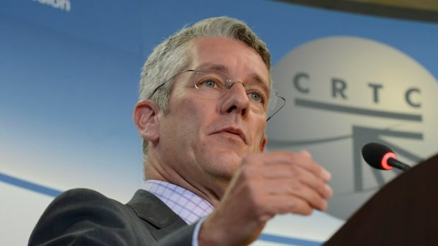 Canadian Radio-television and Telecommunications Commission chairman Jean-Pierre Blais says the regulator is to probe Canadian wholesale roaming rates.