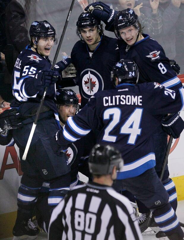 HKN NHL Colorado Avalanche Winnipeg Jets 20131212