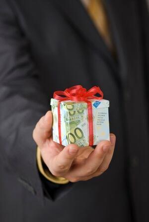 present bonus cash euro