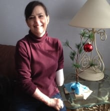 Christine caron who lost 3 limbs back home for holidays for Christine caron piscine