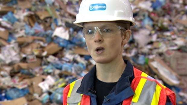 City waste management workers have a few tips for Edmontonians about how to properly recycle holiday waste.