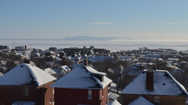 People in Thunder Bay should use caution when heading outdoors on Sunday. According to Environment Canada, exposed skin can freeze is less than five minutes.
