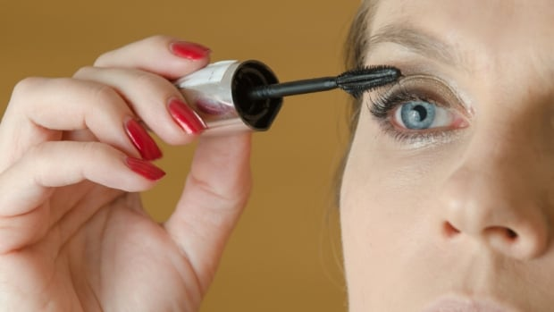 Mascara can irritate the eyes, so the cosmetic product must be properly tested before it can hit the market. Liverpool researchers say a new test that involves single-celled organisms is showing promise as an alternative to animal testing.