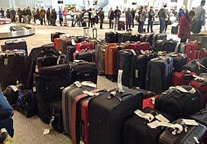 weather woes wreak havoc on air travel across country. Black Bedroom Furniture Sets. Home Design Ideas