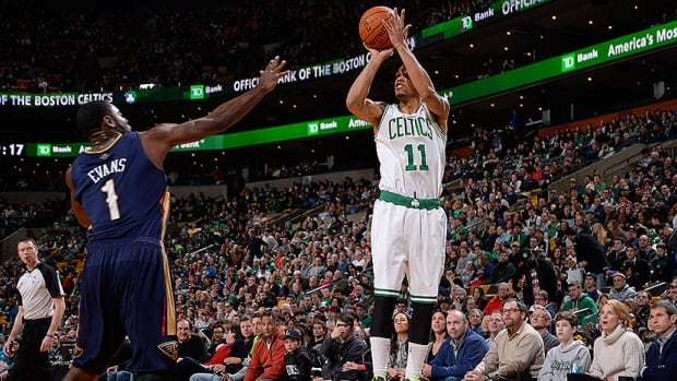 Former Boston Celtic Courtney Lee, right, was acquired by the Memphis Grizzlies.  Lee is averaging 7.4 points, 1.6 rebounds and 1.1 assists in 16.8 minutes this season.