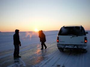 Inuvik to Tuktoyaktuk ice road