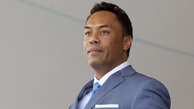 Alomar was inducted into the Hall of Fame in 2011. The 12-time all-star second baseman and Morris were Toronto teammates in 1992 and 1993.