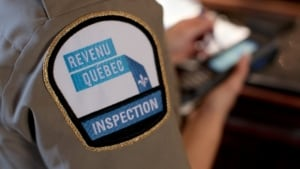 Revenu Québec inspector