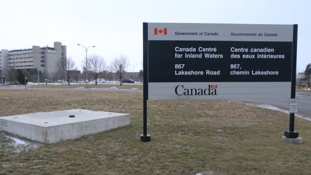 Over 20 research scientists with Environment Canada and the Department of Fisheries and Oceans have lost their jobs, or retired and not been replaced, at the Canada Centre for Inland Waters in Burlington, Ont.