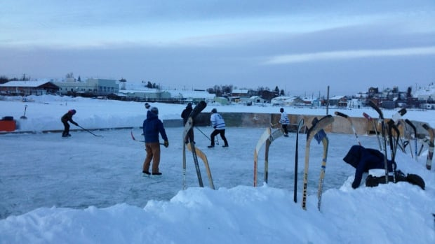 For about 10 years, a handful of Yellowknifers have cleared a hockey rink on Great Slave Lake, not far from where a motley collection of houseboats freeze in for the winter.