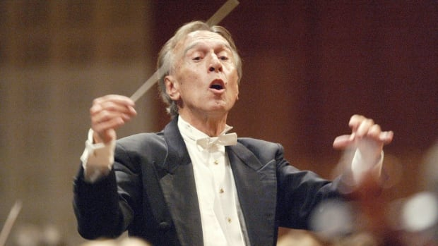 Famed Italian conductor Claudio Abbado, who famously led Milan's La Scala for nearly two decades, has died at the age of 80.